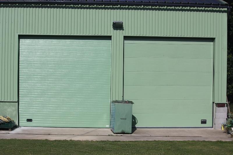 Industrielle fermetures philippe hamon - Porte de garage sectionnelle industrielle ...